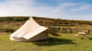Bryher Campsite Bell Tent and Picnic Bench